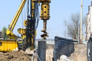 Deep drilling for borehole water